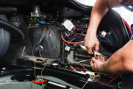 Работа автоэлектрика